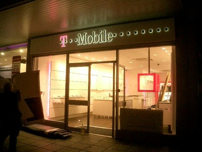 Birthdays Uxbridge becomes T-Mobile Shop