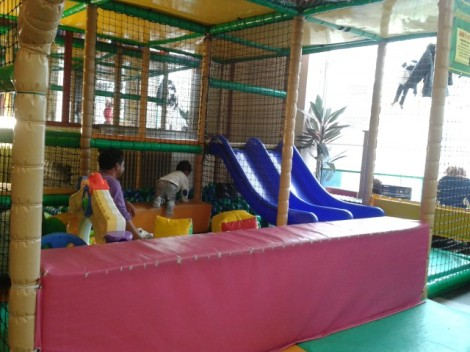 Monkey House Soft Play Cafe