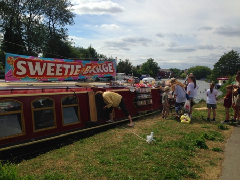 Sweetie Barge, Christchurch Meadows, Caversham, Reading, Berkshire