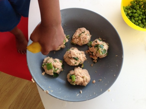 Annabel Karmel - Toddler Salmon Fishcakes