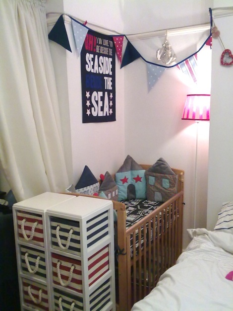 space-saving nursery idea for baby in small flat