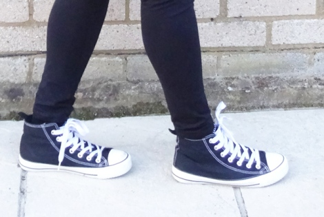 primark-shoes-converse-maternity