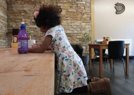 black_park_slough_berkshire_buckinghamshire_toddler-cafe-2