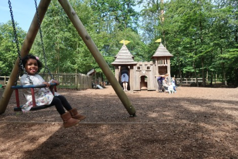 black_park_slough_berkshire_buckinghamshire_toddler-playground