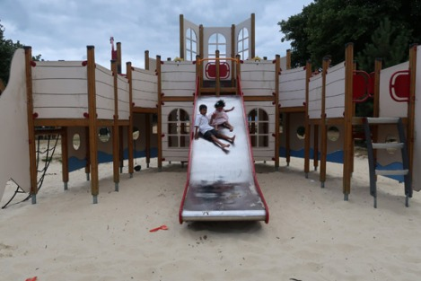 2-slough-seaside-clewer-memorial-sand-playground