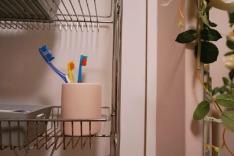 pink-bathroom-makeover-12