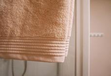 pink-bathroom-makeover-9