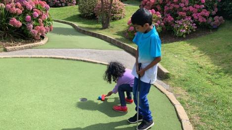 newquay-crazy-golf-2