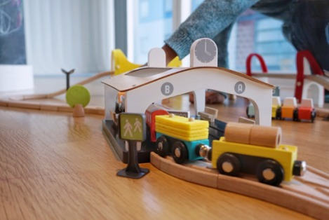 Vertbaudet-Wooden-Toys-Train-Set-4