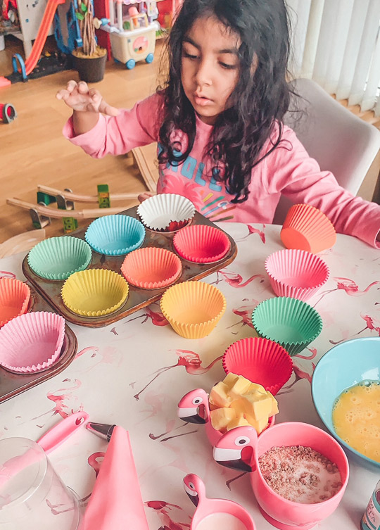 Easy vanilla cupcakes 4oz kids recipe